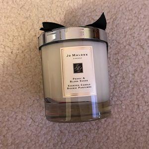 Jo Malone peony & blush suede candle