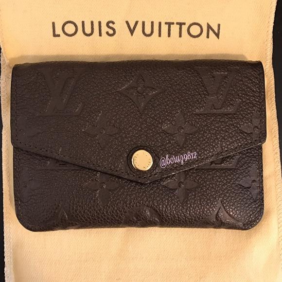 39d77ce6fa4b Louis Vuitton Handbags - Authentic Louis Vuitton Empreinte Key Pouch