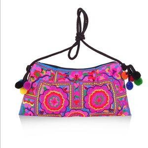 Handbags - New✨Boho Embroidered PomPom Crossbody/Clutch