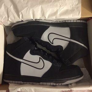 Nike Other - Men's Nike size 11 Dunks