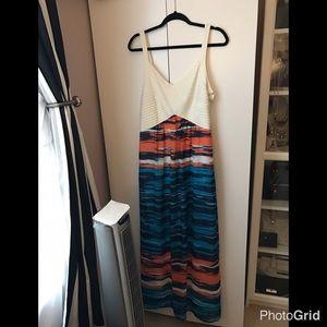 Robbie Bee Dresses & Skirts - Criss Cross Bodice Chiffon A-Line Maxi Dress