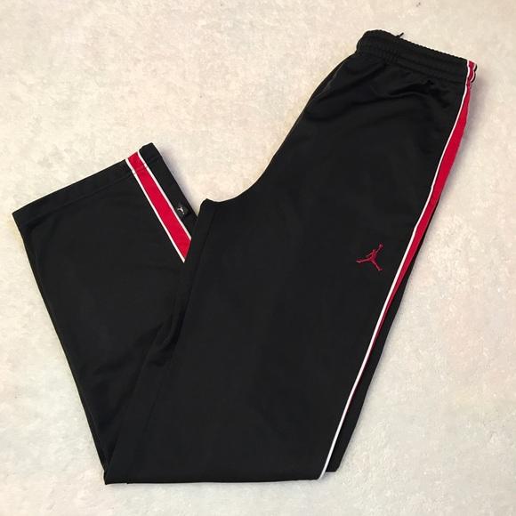 c185b16b3305 Jordan Other - Boys air Jordan pants