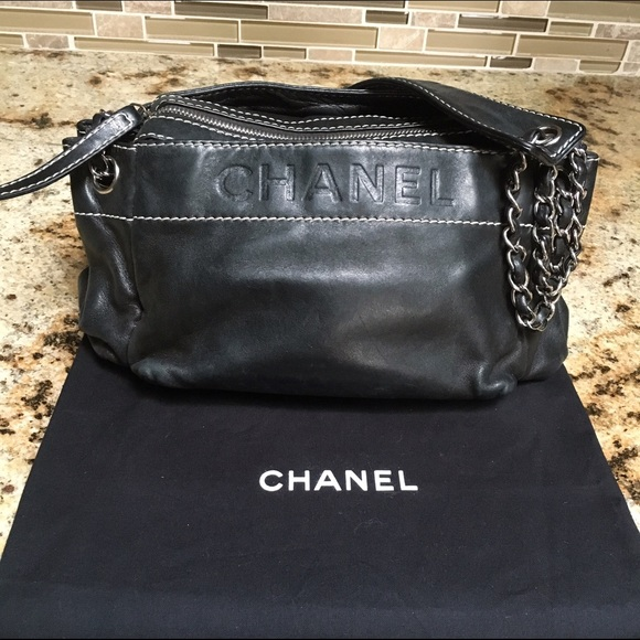 0d82315212c3 CHANEL Handbags - Do NOT Buy!! AuthCHANEL Lambskin Lax Accordion Bag