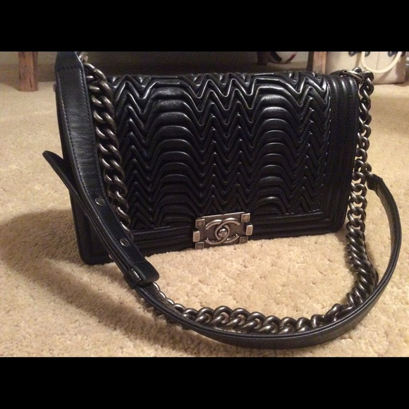 8d0226bd3c2b CHANEL Handbags - Chanel Boy Bag - old medium pleated Flap