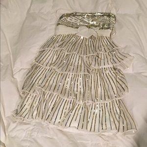 Derhy Kids Other - ✨FLASH SALE✨ Kid's gold/silver party dress
