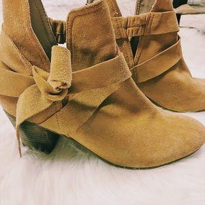 Diba Shoes - Diba Lea Bow Booties