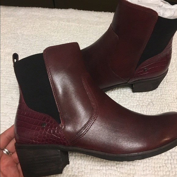 cb558052a8c Ugg Keller Croco Ankle Boots