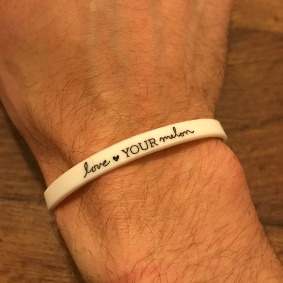 Love Your Melon Jewelry - New Love Your Melon Rubber Stretch Bracelet White 0f782dc37