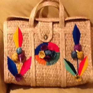Handbags - NWOT handcrafted large straw bag