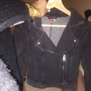 H&M size 2 crop jacket