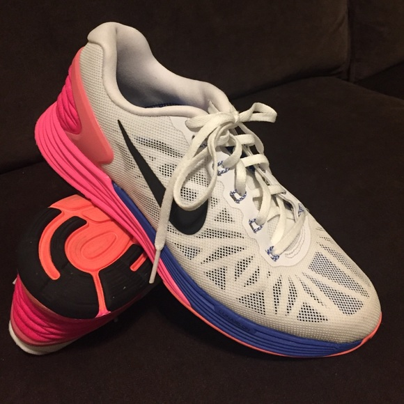 free shipping 3b84c 483e0 Nike lunarglide 6 white pink blue size 7.5 38.5