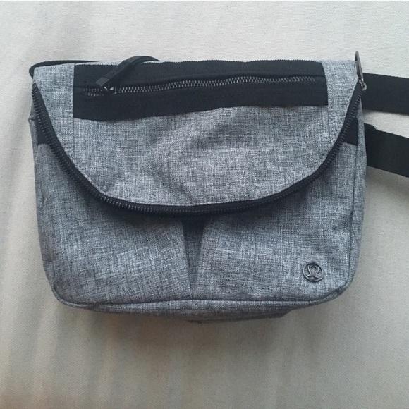 240fa7efb6 RARE FESTIVAL BAG ii lululemon heathered gray