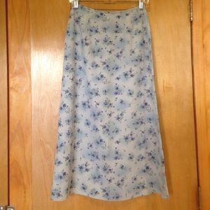 Petite Sophisticate Dresses & Skirts - PETITE SOPHISTICATE. Silk Floral Skirt, Size 4