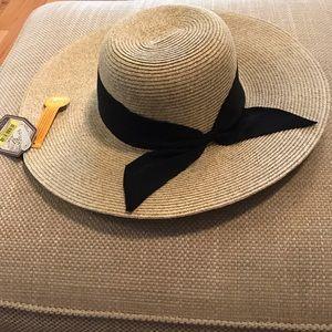 Beautiful Sun And Tan Ladies Hat 