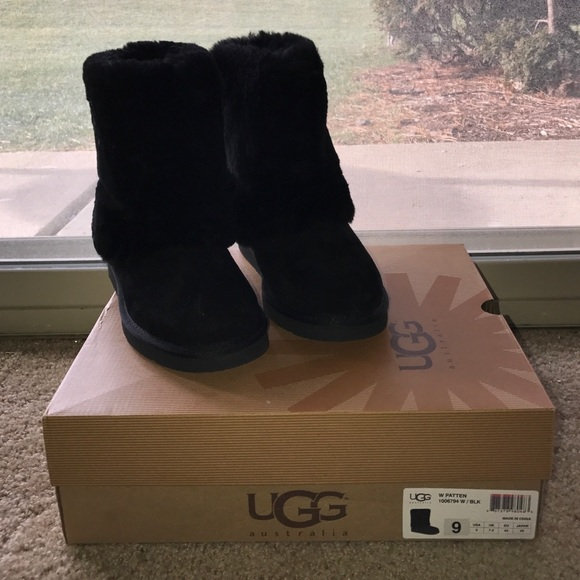 71df703e809 UGG with patten NWT