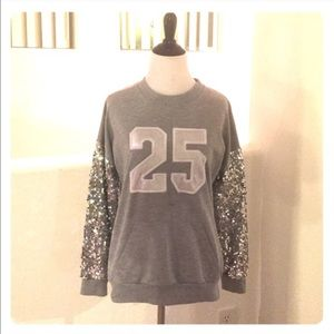 Sweaters - Women's gray jersey sequins sweater