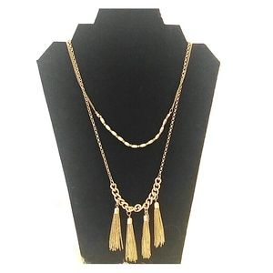 NWT Gold tassel necklace