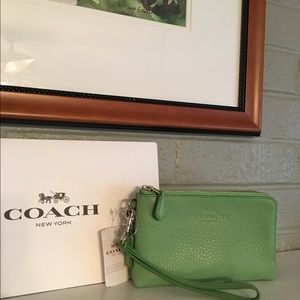 Coach Handbags - Coach Double Zip Wristlet