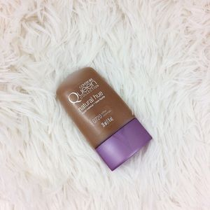 covergirl Other - COVERGIRL queen collection liquid makeup