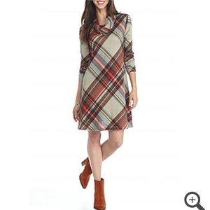 Madison Leigh Dresses & Skirts - Madison Leigh pretty plaid trapeze dress