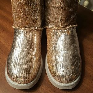 Womens gold sequin boots