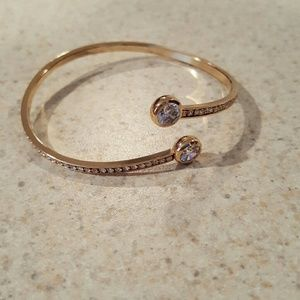 Jewelry - New 4.25ctw White Sapphire YGF Bangle!