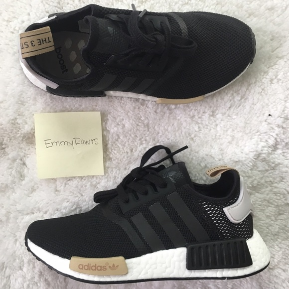 super cute 1f886 e1eb8 200 • New Adidas NMD R1 Black