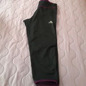Price drop‼️Adidas Capri tights