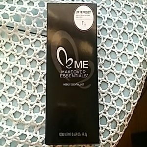 ME  Other - Makeover Essentials-Weekly Essentials Kit