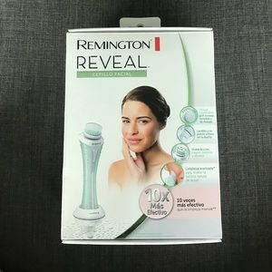remington Other - In box.Never opened. REMINGTON Reveal Facial Brush