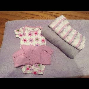 aden + anais Other - Aden & Anais  Muslin blanket bundle with outfit