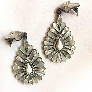 Jewelry - Elegant dangle rhinestone earrings