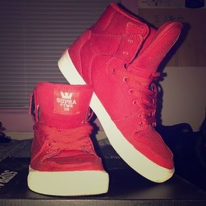 Supra Shoes - Kids red Supras👟
