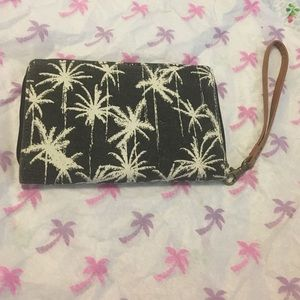 Handbags - 🌴Palm tree purse 🌴