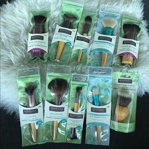 Set of 10 ECOTOOLS brushes