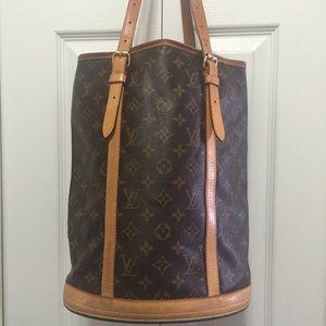 Louis Vuitton Handbags - 100% Authentic Louis Vuitton Large Bucket GM Bag