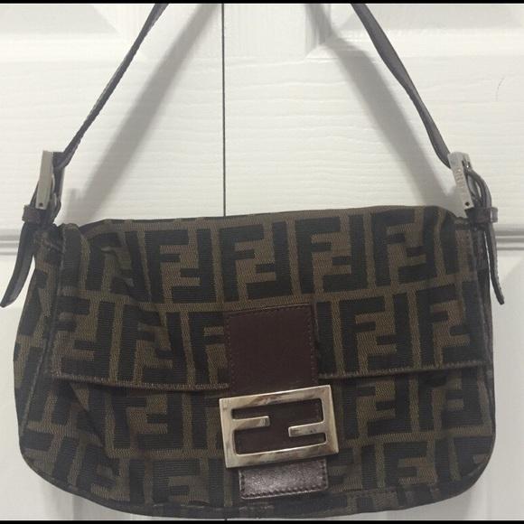 abec1dc8adfd Fendi Handbags - 100% Authentic Classic FENDI Brown Zucca Baguette