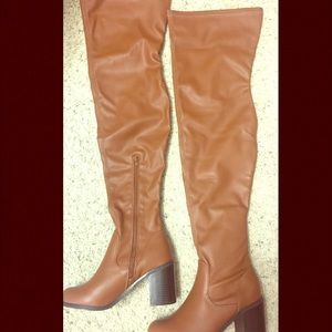 Leila Stone Thighs High Boot