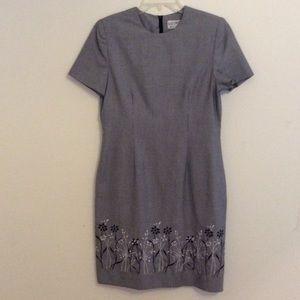 Kasper Dresses & Skirts - Kasper ASL black and white dress, embroidered hem.