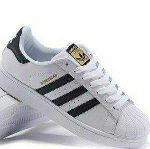 Adidas Shoes - Adidas Superstar 7.5