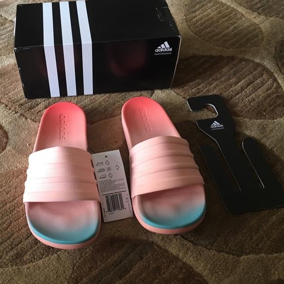 new styles 22d6e 9b4fe womens adidas slide sandals