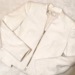 Zara Jackets & Blazers - Zara Trafaluc Quilted Design Zippered Blazer.