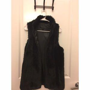 Vintage Havana Other - Vintage Havana Black Label- black faux fur vest
