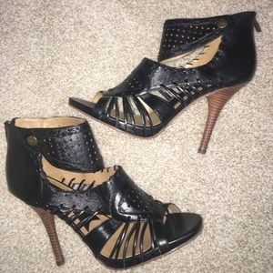 Boutique 9 Shoes - NEW Boutique 9 Black Strappy Cage Heels Size 10