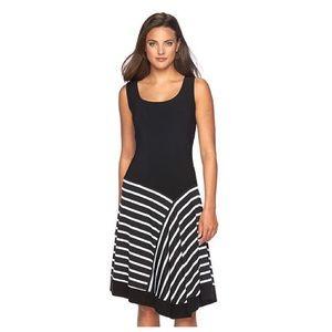 MSK Dresses & Skirts - Sleeveless Striped Shift Dress 👓