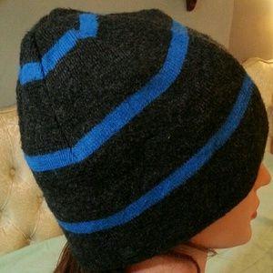 tony hawk Other - Grey & Blue soft stretchy comfy knit hat