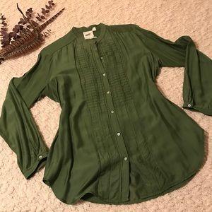 Nurture Tops - Nurture Shirt EUC S