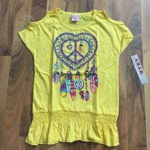 SWAK Other - Girls M / L Yellow Dreamcatcher Feather Top Shirt