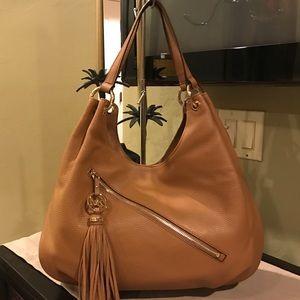 Michael Kors Handbags - NWT Large Michael Kors Bag