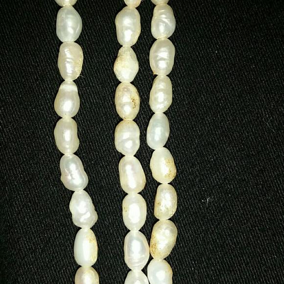 Jewelry - *Three-strand pearl necklace*